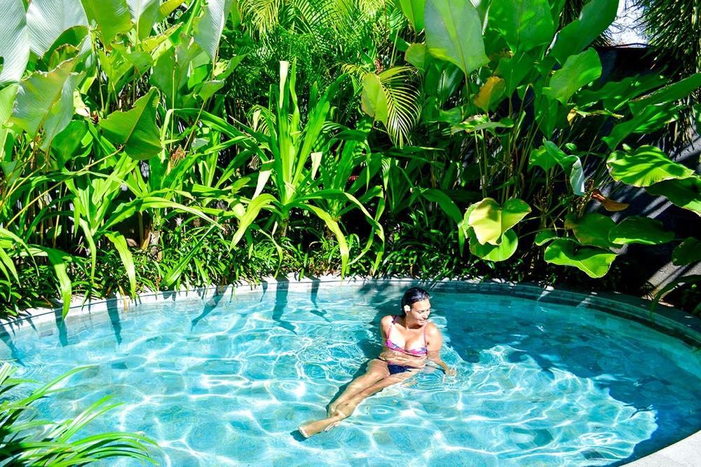 th_bali_watermark-hotel-mainpool