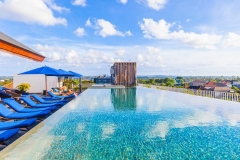 th_bali_roof-top-pool-1