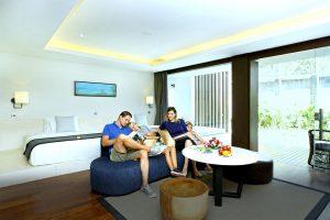 Club Watermark Suite with Pool