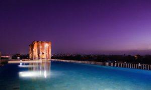watermark hotel roof-top-pool