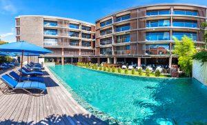 watermark hotel spa & bali poolside