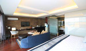 club-watermark-suite